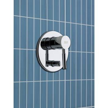 COSMOS WALL MIXER WITH DIVERTER